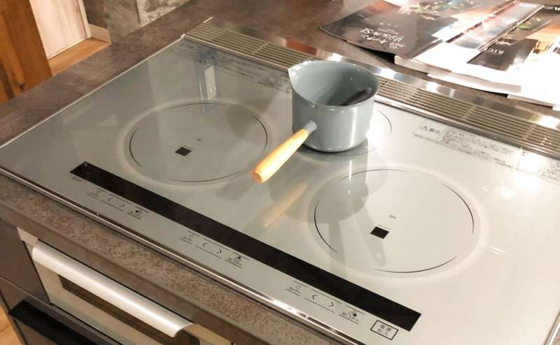 画面表示の分かりやすいIH調理器となっております