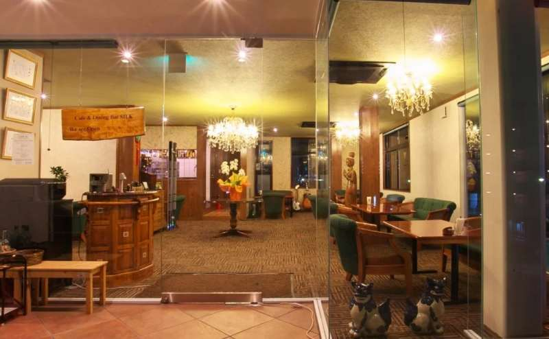 草津駅徒歩7分 Cafe & Dining Bar SILK