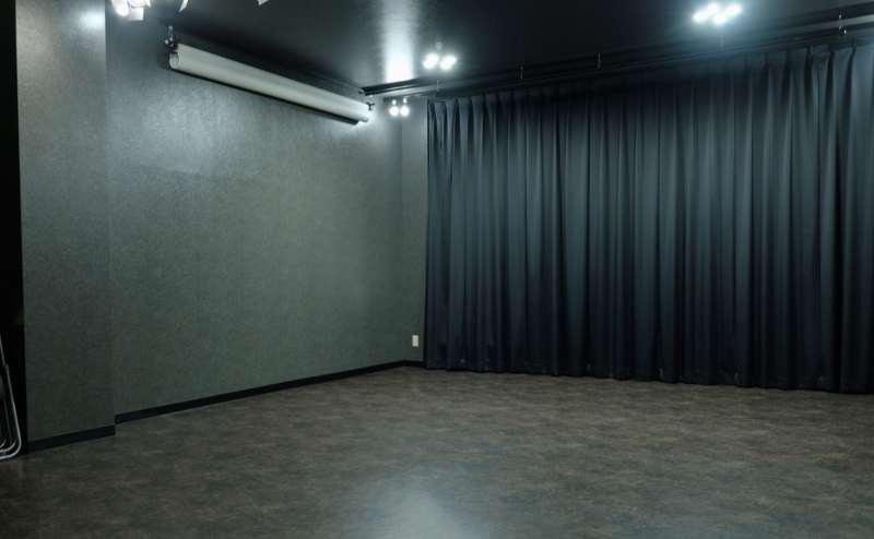スタジオ内スペース縦5m×横7m