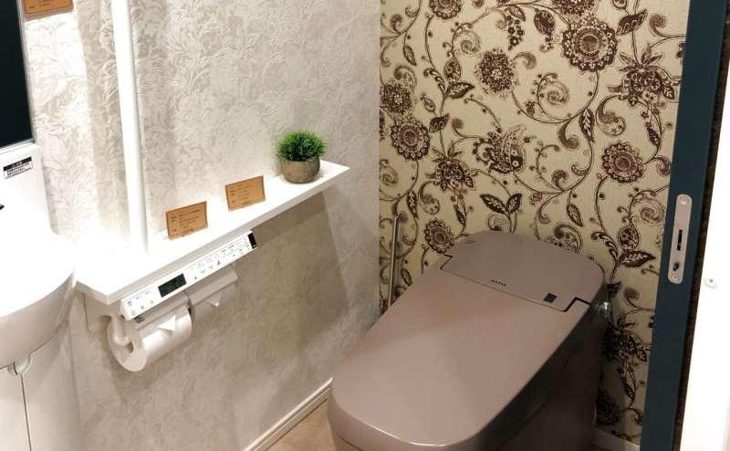 清潔なトイレもご用意しております