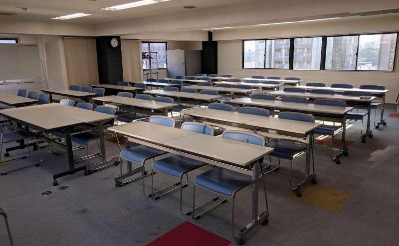 大阪メトロ谷町線 谷町九丁目駅 5分の貸し会議室