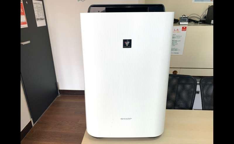 加湿空気清浄器設置 Sharp:KC–B40–W