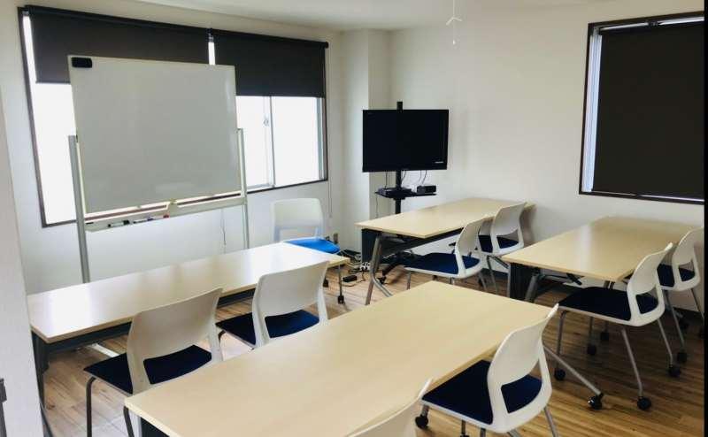 松戸駅でおしゃれ会議のできる貸し会議室