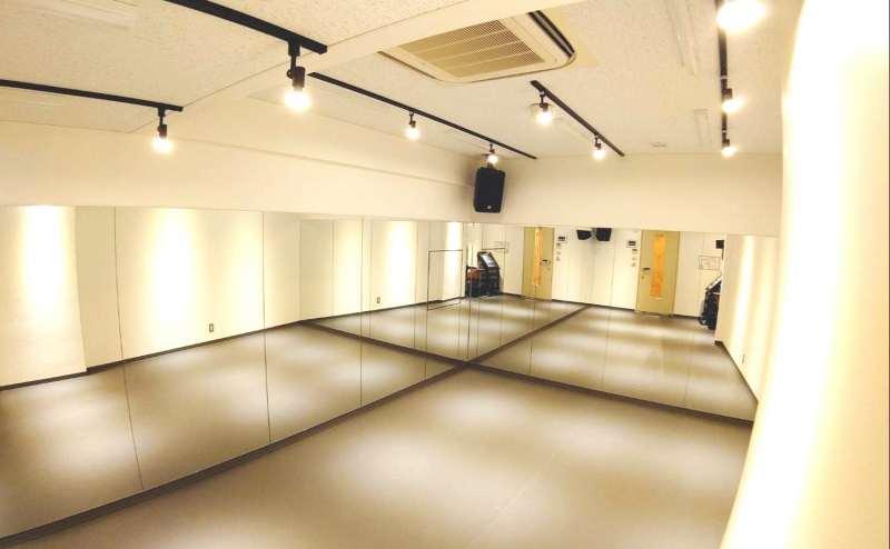 レンタルスタジオ1700円/時間~1700円/時間