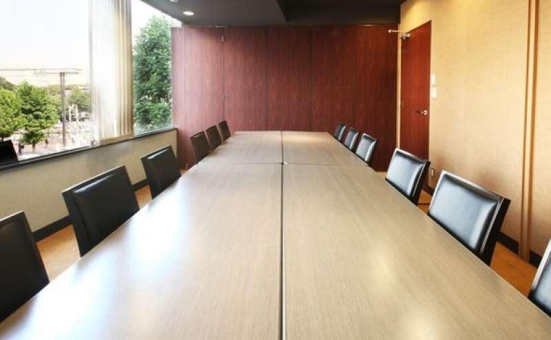【3階会議室B+C】四ツ谷駅徒歩1分!定員12名の格安貸し会議室 静かな環境です