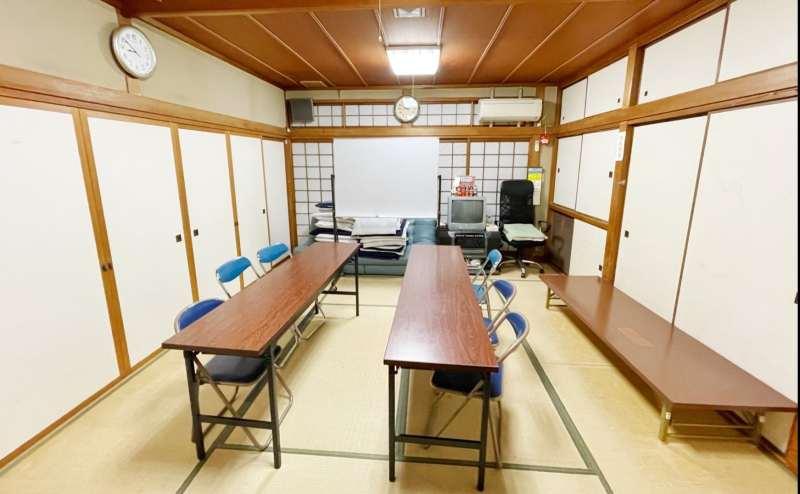 【南千里駅徒歩5分】ちょっとした打ち合せや英会話教室に利用して頂いてます! 桜の部屋 和室12畳 最大収容人数8名様