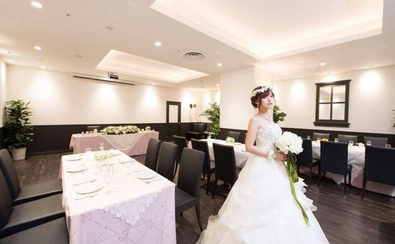 結婚式や結婚式の二次会にも。人気の日にちは予約がとりにくいことがあります。お早めのご予約をおすすめします
