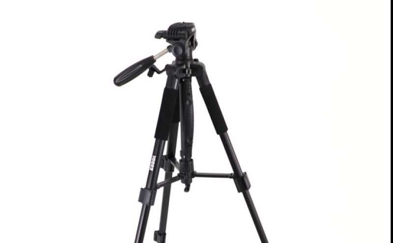 カメラ用三脚もご用意しております