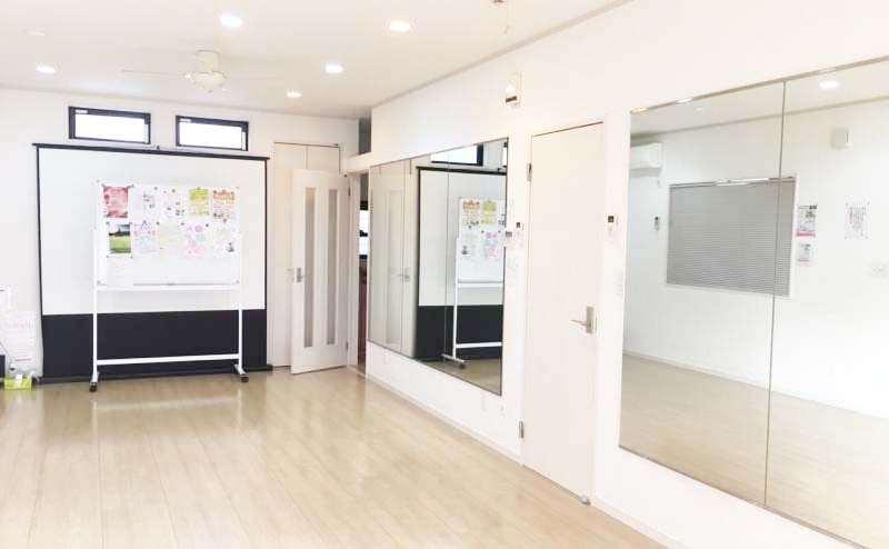 レンタルスタジオ1000円/時間~1000円/時間