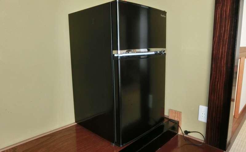 無料でご利用可能な空の冷蔵庫