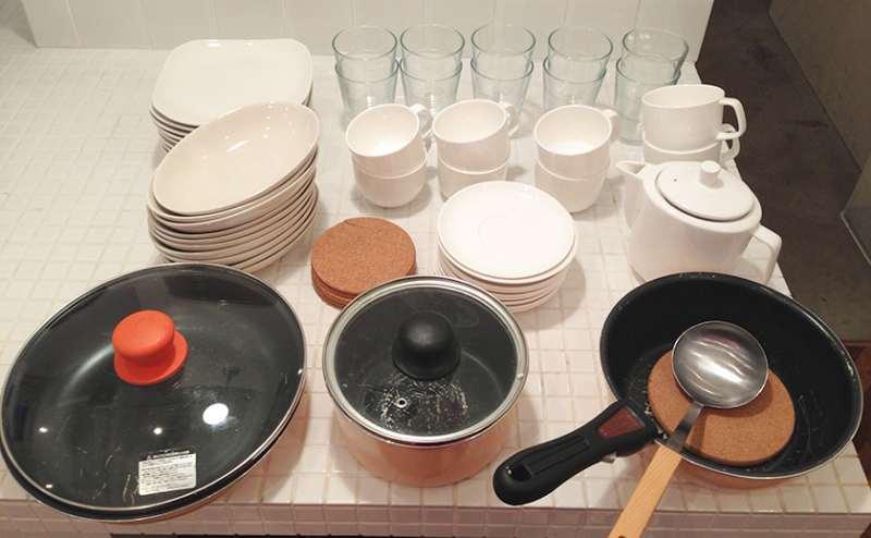 キッチン備品:お茶会・簡単な調理も可能。備品は無料でお貸しします