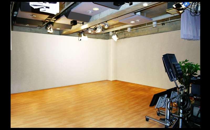 レンタルスタジオ30000円/時間~30000円/時間
