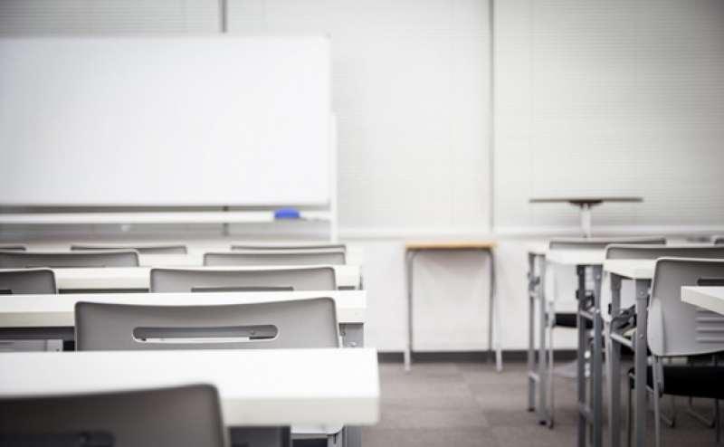 会議、セミナー、面接会場、試験会場など多用途