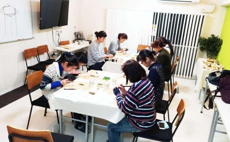 渋谷 貸し会議室で教室を実施している様子