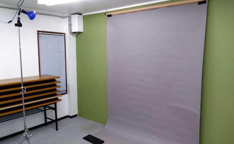 個人撮影用に背景設置してみました。 (大京クラブ【レンタルスペース】 【多目的スペース】の設備の写真)
