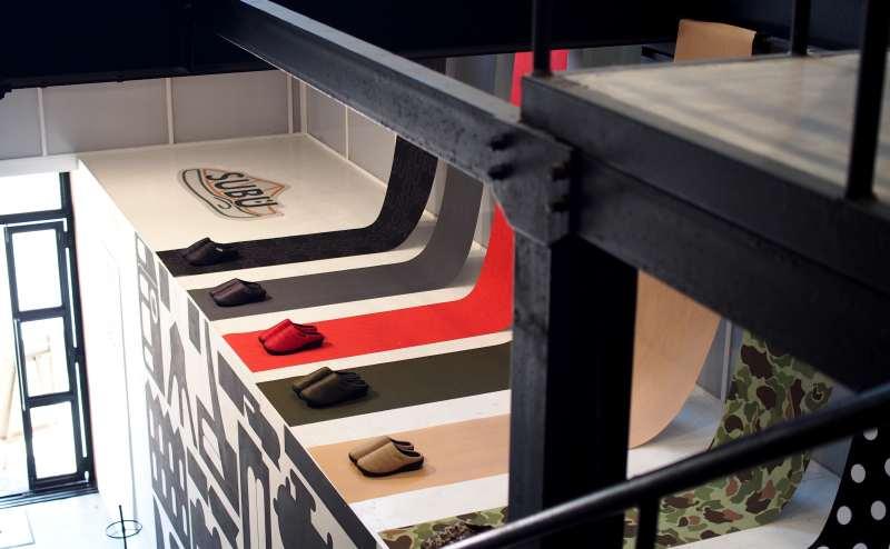 階段横スペースもご利用できます。