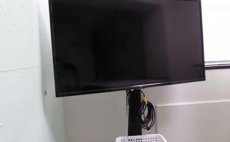 42インチの大型TVはPC接続もできます
