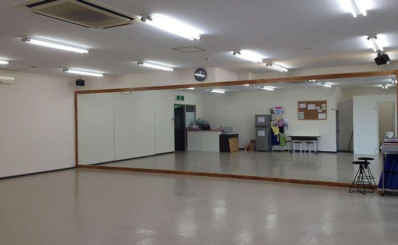 大阪府大東市 駅近!徒歩3分 隠れ家ダンススタジオ