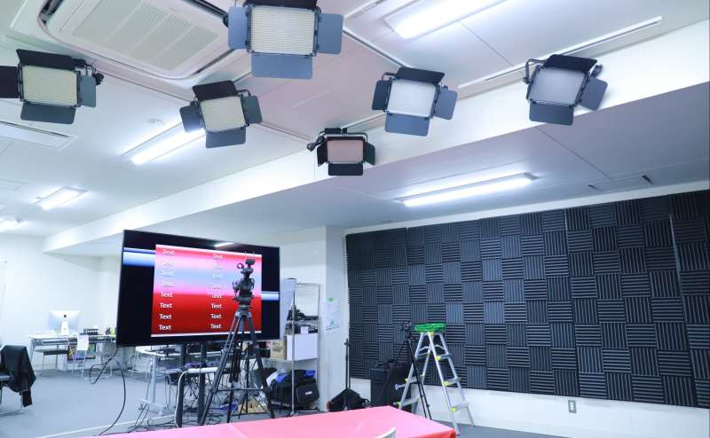 福岡動画スタジオ|ライブ配信・オンラインセミナー、企業向け動画撮影