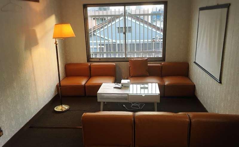 3階 貸し会議室