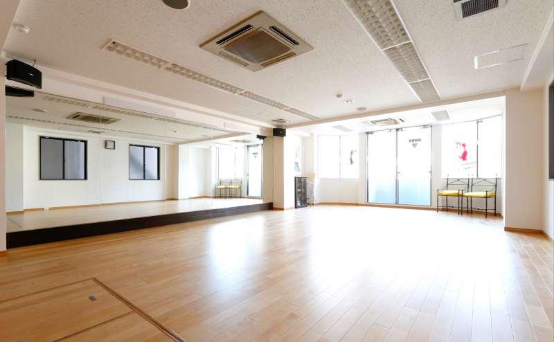 東京メトロ丸ノ内線 四谷三丁目駅 8分のレンタルスタジオ