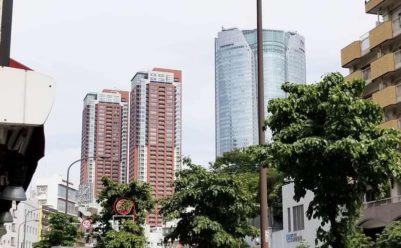 東京タワーや六本木ヒルズも見え、眺望抜群