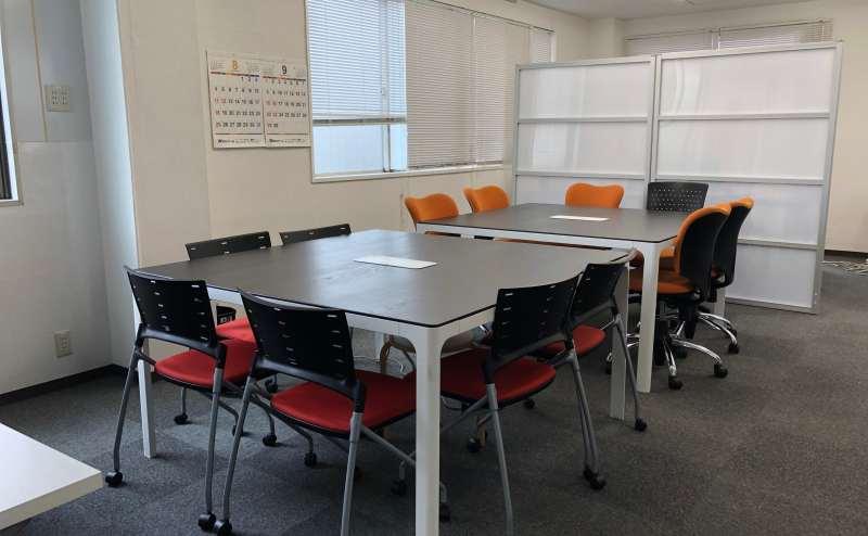 桃山御陵前駅でおしゃれ会議のできる貸し会議室