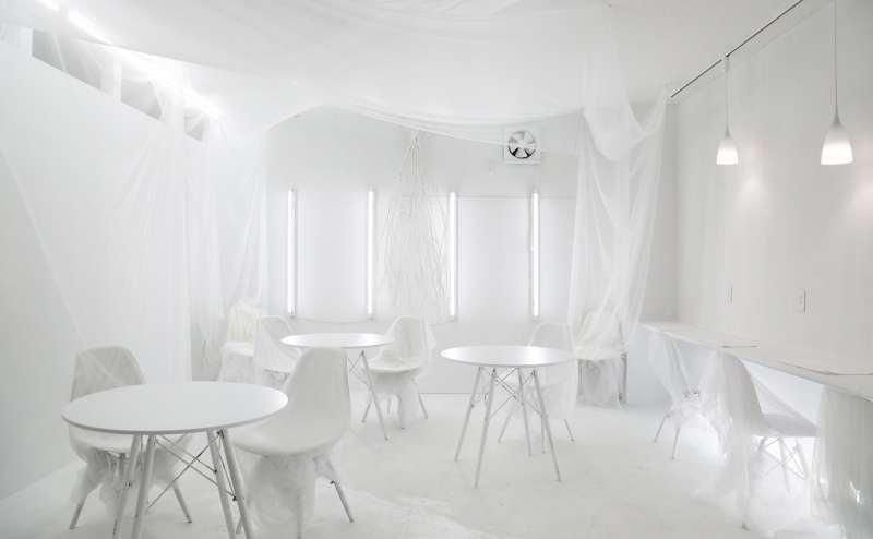 横浜 見渡す限り真っ白な異空間 撮影スタジオ パーティースペース White Out キッチンレンタルも可