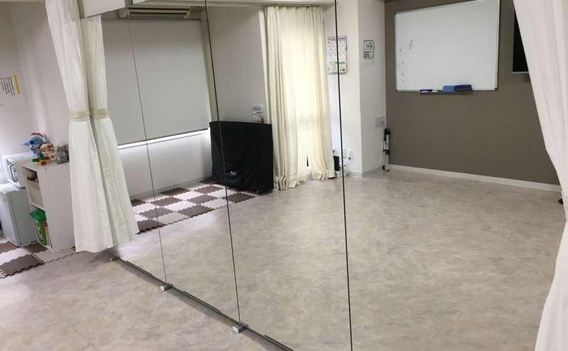 JR横須賀線横浜駅 のレンタルスタジオ