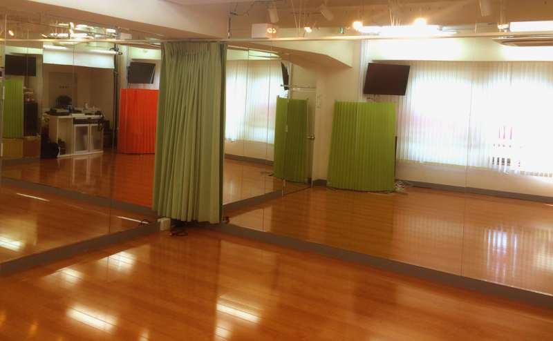西武新宿線 西武新宿駅 3分のレンタルスタジオ