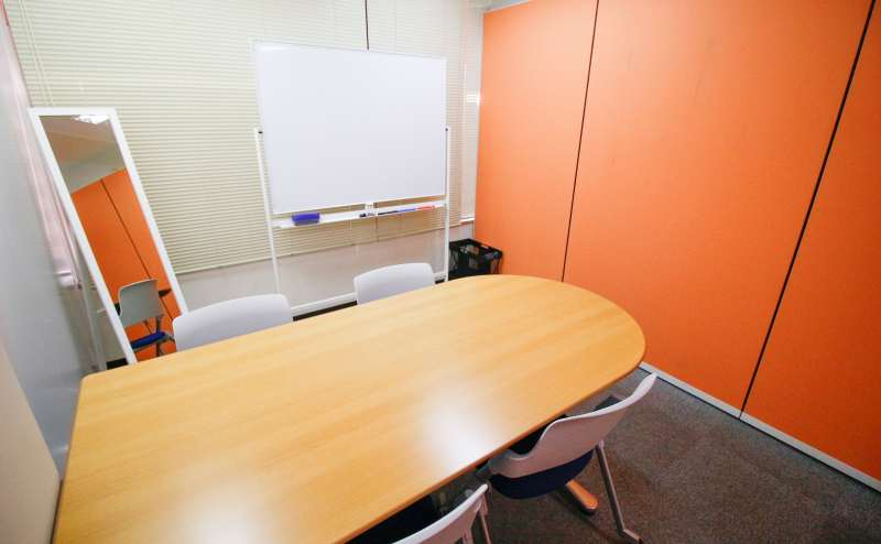 貸し会議室1350円/時間~1500円/時間