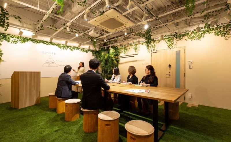 森の会議室 MARUNOUCHICAMP