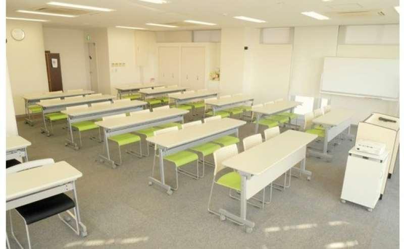 シンプルで使い勝手の良い会議室