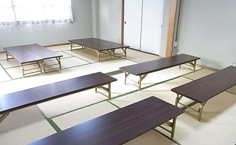 複数のテーブルを用意していますので自由にお使いいただけます。