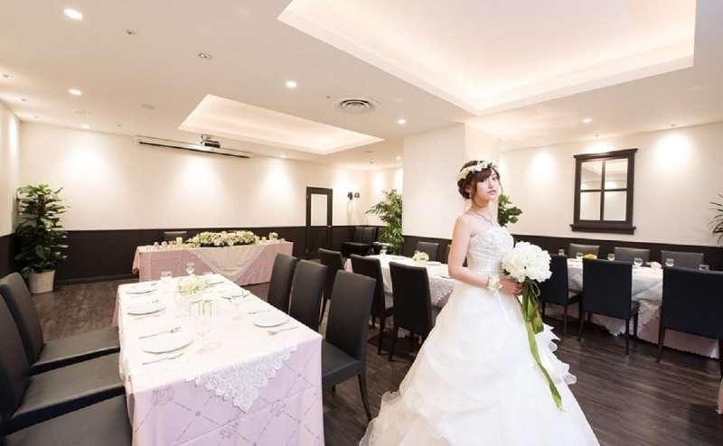 結婚式、結婚式の二次会にも人気のホールです