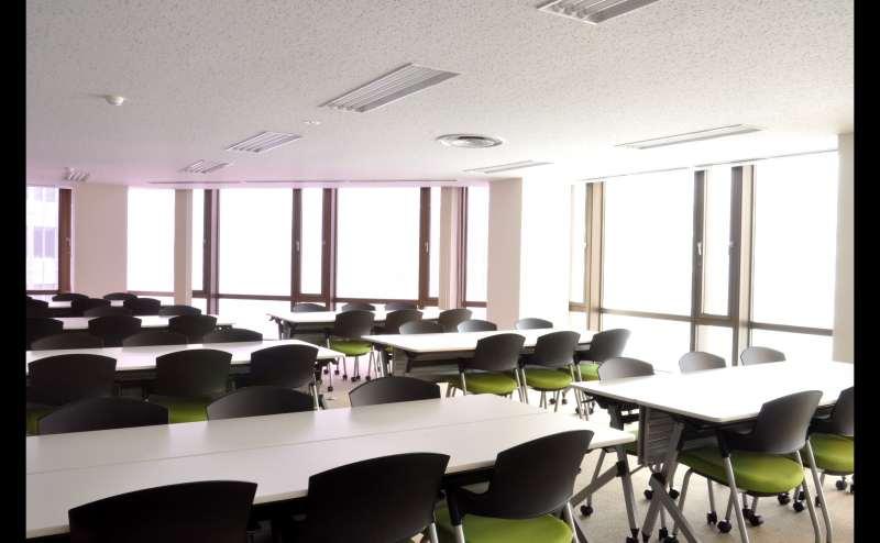 JR横須賀線新橋駅 の貸し会議室