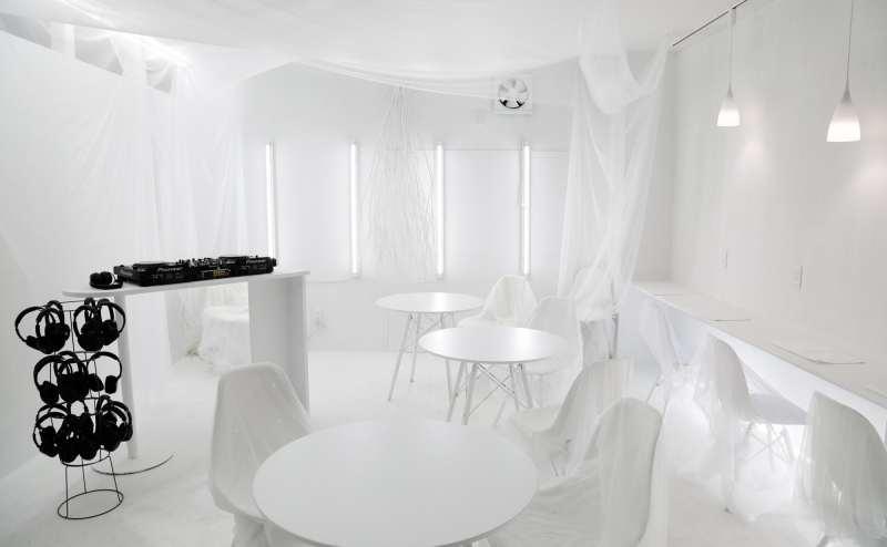 DJset&サイレントディスコセットも常備しているのでDJパーティーも可能。