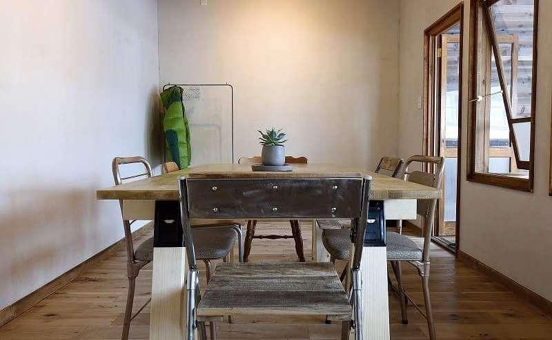古民家をリノベーション!古材と漆喰壁の落ち着きある隠れ家的スペース。個人・商用問わず多目的に利用可!