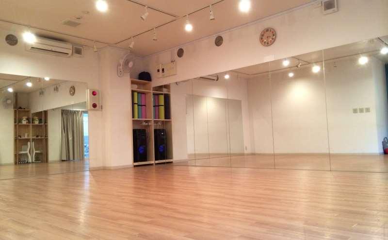 東急大井町線二子新地駅 のレンタルスタジオ
