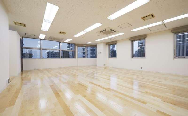 スタジオ・ミュージックバンカー   都内随一の安さを誇る貸スタジオ・レンタルスペース。 新宿から一駅の好立地で、使い勝手の良いレンタルスタジオです。