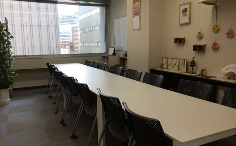 JR山手線 新宿駅 7分の貸し会議室