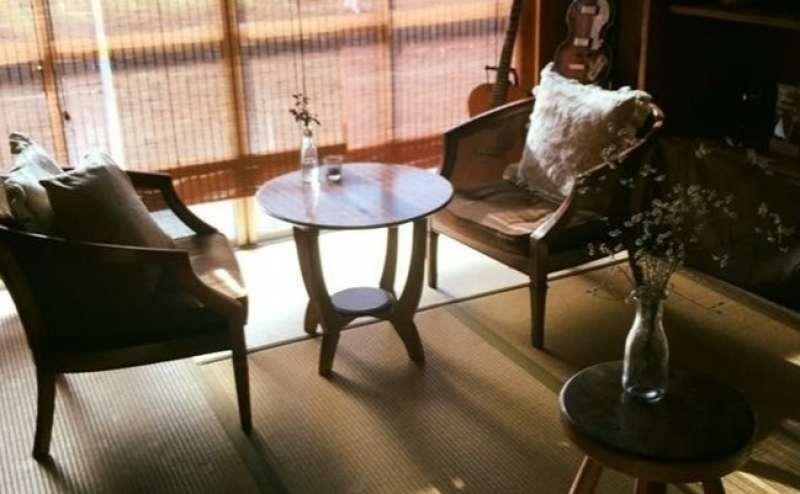 日中は喫茶店に差し込む光が綺麗なので、撮影の方にご好評いただいています