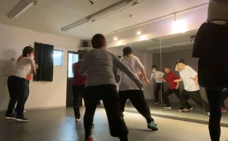 大人ダンスクラス 初心者向けのクラス