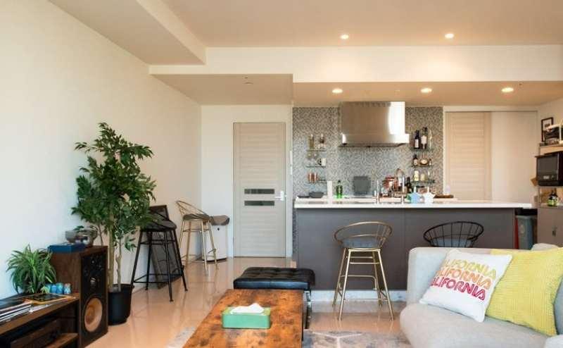 プロのデザイナーが選んだ家具に囲まれてくつろぎのひと時を