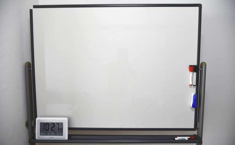 ホワイトボード (1台) 120cm×90cm