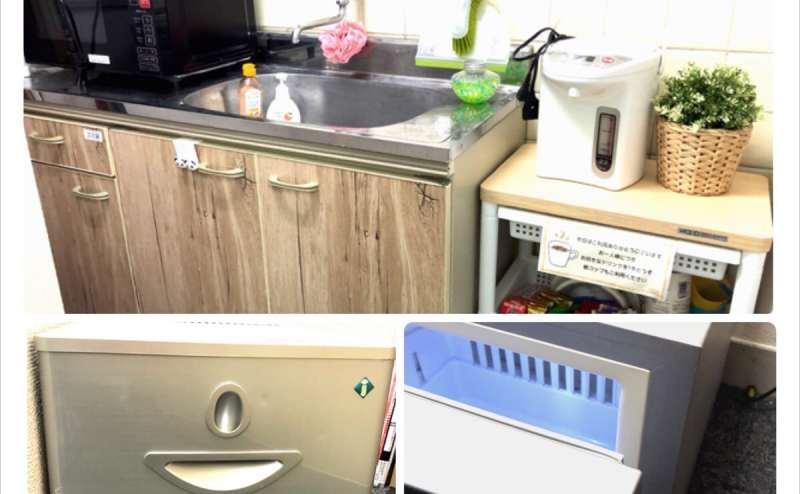 簡易キッチン(お湯出ません)電子レンジ・湯沸かしポット・弱冷蔵庫