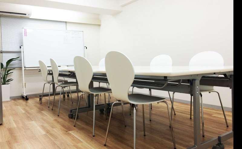 東京メトロ日比谷線 六本木駅 3分の貸し会議室