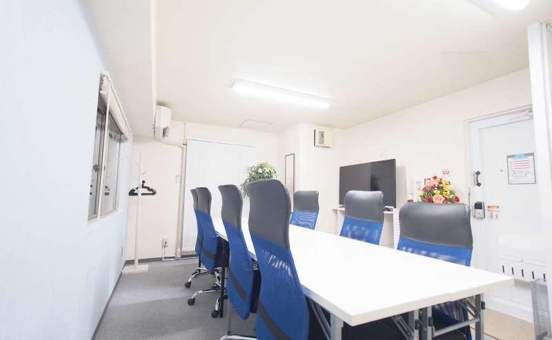 レンタルスペース 新宿【マリーナ】最大8~14名収容の使いやすい貸し会議室