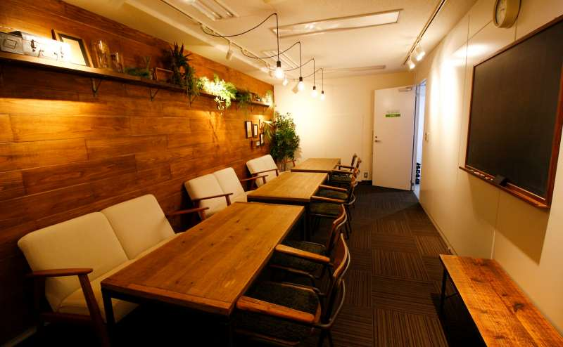 貸し会議室4500円/時間~5000円/時間