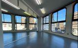 国立でダンスやヨガができるスタジオ/ ダンスに最適リノリウム床材/2.0m x 3.6mの大型鏡
